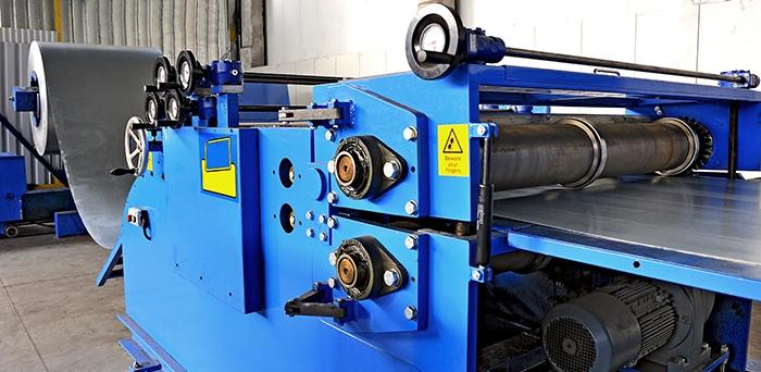 shutterstock_35286436_steel_zinc_production_machine_mes(2)_900px.jpg